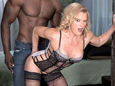 Amanda Verhooks, darksome 10-Pounder gazoo slut