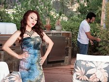 Red-hot M.I.L.F. Claudia receives ass-fucked by the gardener